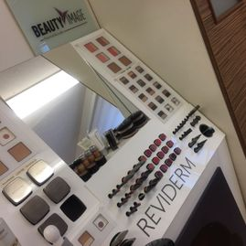 Make-up Palette von REVIDERM